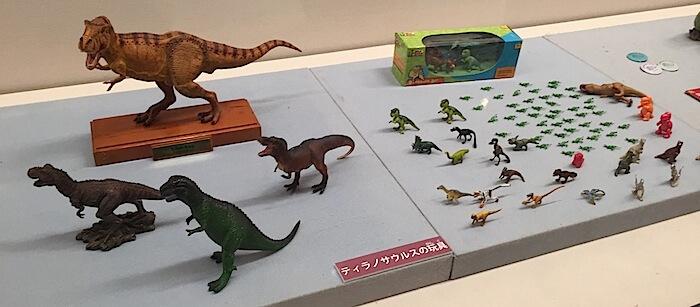 ティラノサウルス玩具